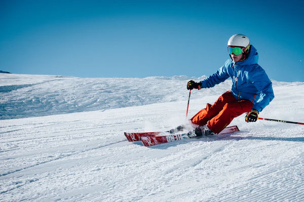 featured image 7 Best Adventurous Activities You Can Do in Spain Skiing - 7 Best Adventurous Activities You Can Do in Spain